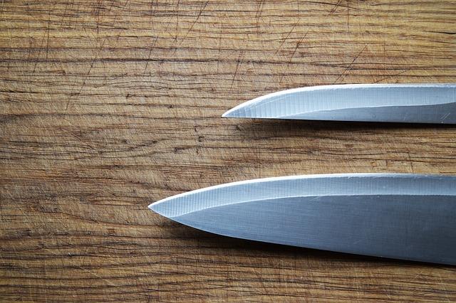 Knives' blades