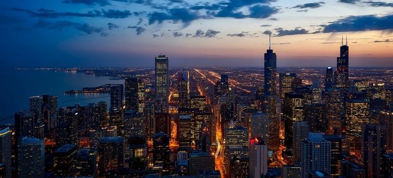 Chicago downtown - Skokie moving companies have experience both out and in the city!