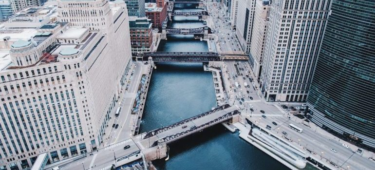 Chicago river running through downtown