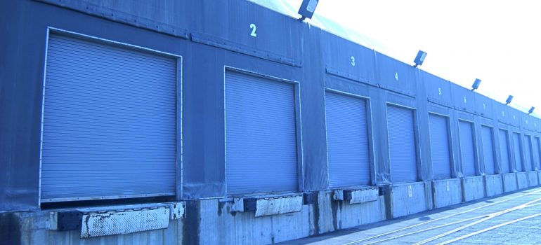 storage units painted blue as a choice for short term storage rental in Skokie