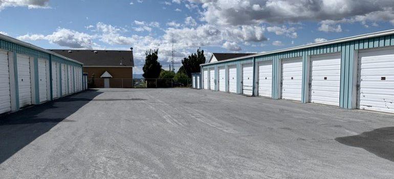 Storage units location