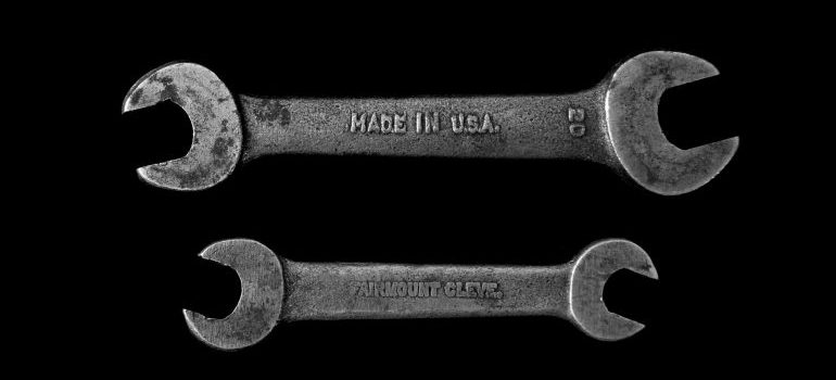 two wrenches - sell your Lincolnwood home quickly